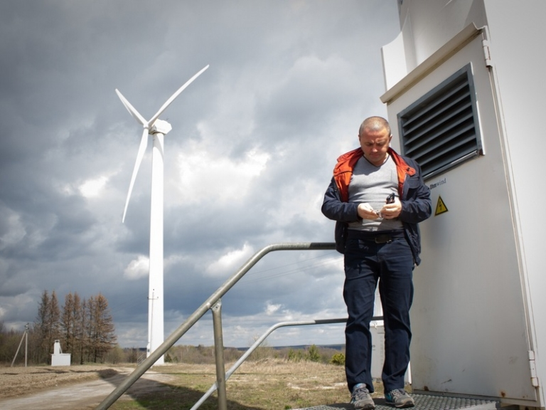 Разрешение и налог на ветрогенератор в России: правда и домыслы об установке ветряка